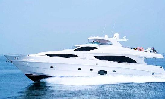 Charter 101' Majesty Power Mega Yacht In Dubai, United Arab Emirates