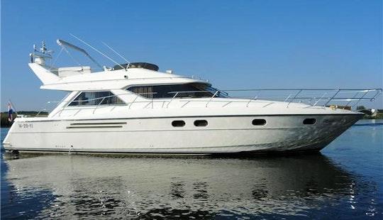 Motor Yacht Rental In Port D'andratx