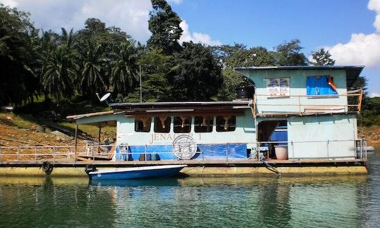 Local Houseboat For 15 People In Kuala Terengganu, Malaysia