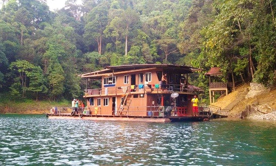 Floating Wooden Houseboat For 23 People In Kuala Terengganu, Malaysia