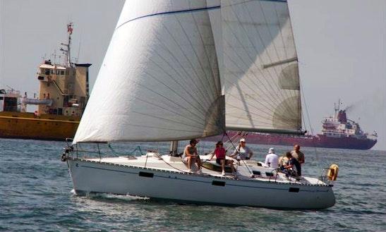 Charter 39' Beneteau Oceanis Cruising Monohull In İstanbul, Turkey