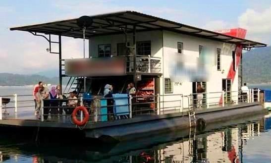 2-days, 1 Night Stay On A Houseboat In Kuala Terengganu, Malaysia