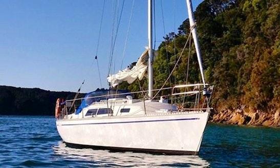 33' Cruising Monohull Rental In Nelson, New Zealand