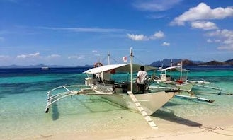Explore Best Beaches in Coron, Philippines on a Boat Tour