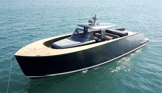 Charter Alen 45 Motor Yacht In İstanbul, Turkey