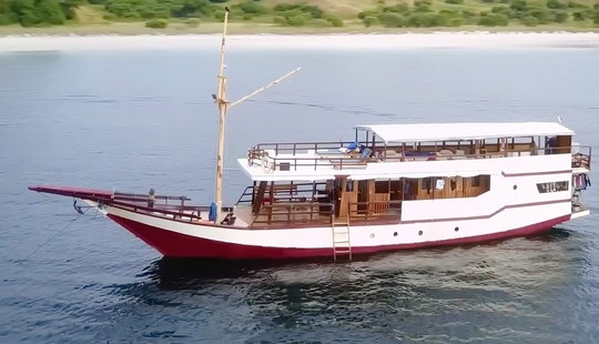 Enjoy Boat Trips In Komodo, Indonesia