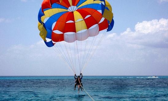 Adventure Parasailing In Tanjung Benoa