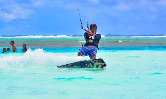 Enjoy Kitesurfing Lessons In Maafushi, Maldives
