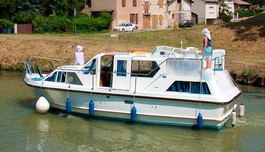 Charter The Viking 1000 Boat In Vermenton, France