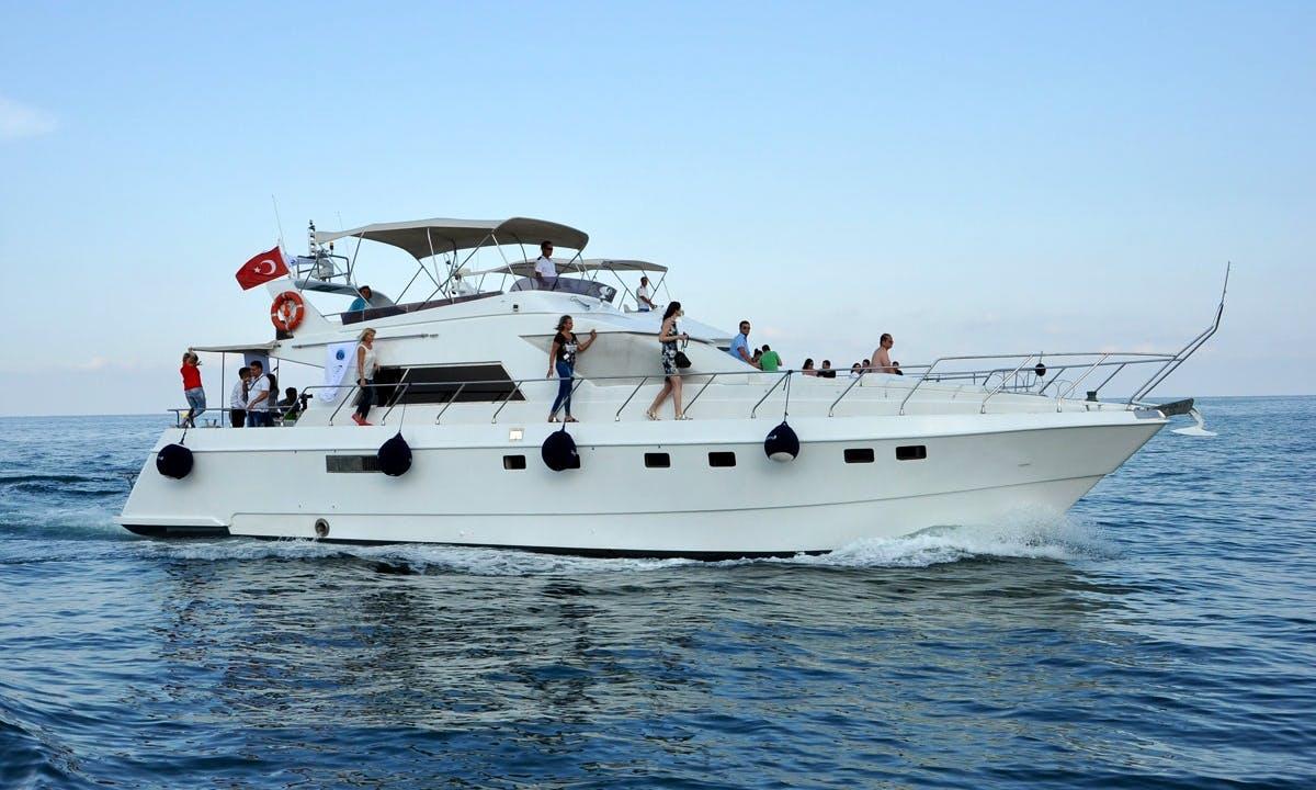 Motor Yacht Charter in Belek Antalya, Turkey
