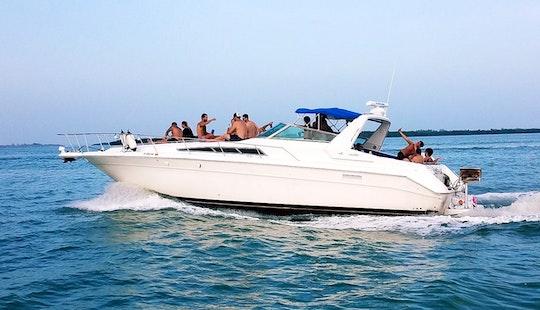 44' - 13 People Rental In Miami Beach