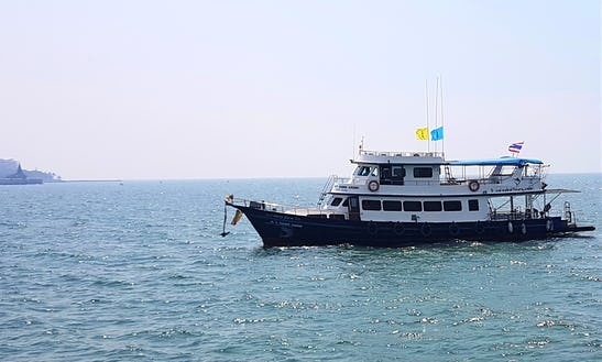 Motor Yacht Rental In Thailand