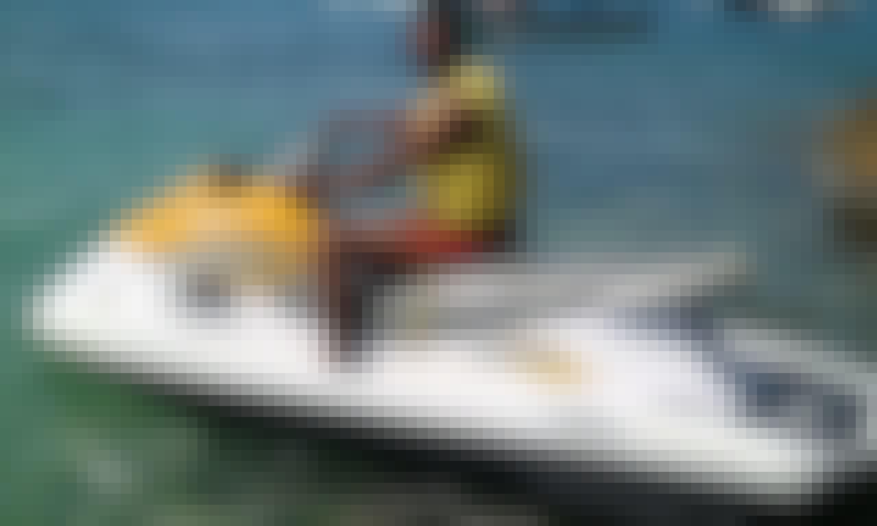 Enjoy NUSA DUA BEACH WATERSPOERT ( JET SKI )