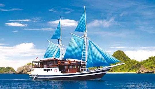 Charter 86' Mv Putri Papua Schooner In Denpasar Selatan, Indonesia