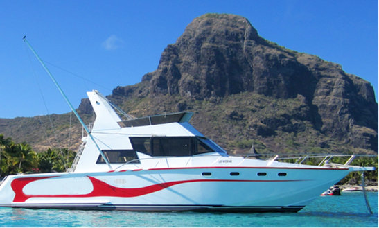 Cabin Cruiser Charter In Le Morne
