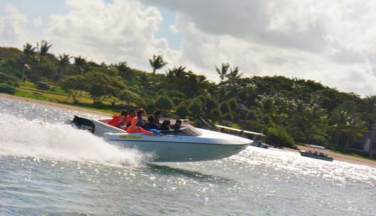 Enjoy Cruising In Quatre Cocos, Mauritius On A Bowrider Boat!