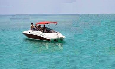 Charter 30' Concept Bowrider in Boca del Río, Mexico