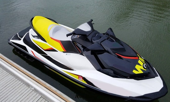 11' Sea Doo Gtr-215 Jet Ski In Portland, Oregon