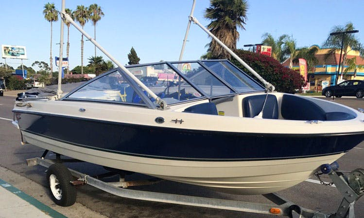 Rent 20ft Bayliner Discovery 195 Bowrider In San Diego bay, California