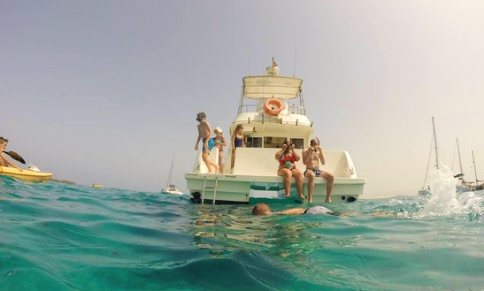 39' Power Catamaran Rental In Corralejo, Spain