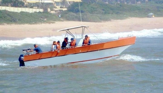 28' Butt Cat Center Console Fishing Charter In Margate, South Africa