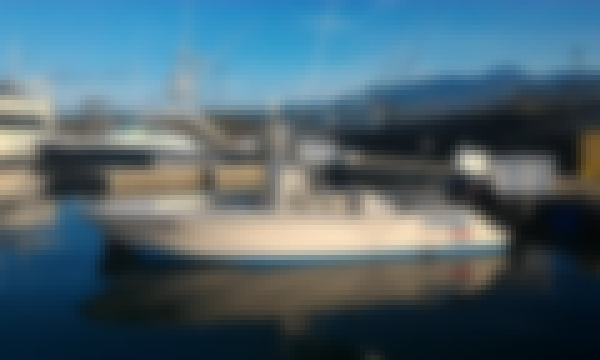 Fishing Charter on Pathfinder Center Console in Quepos, Costa Rica on