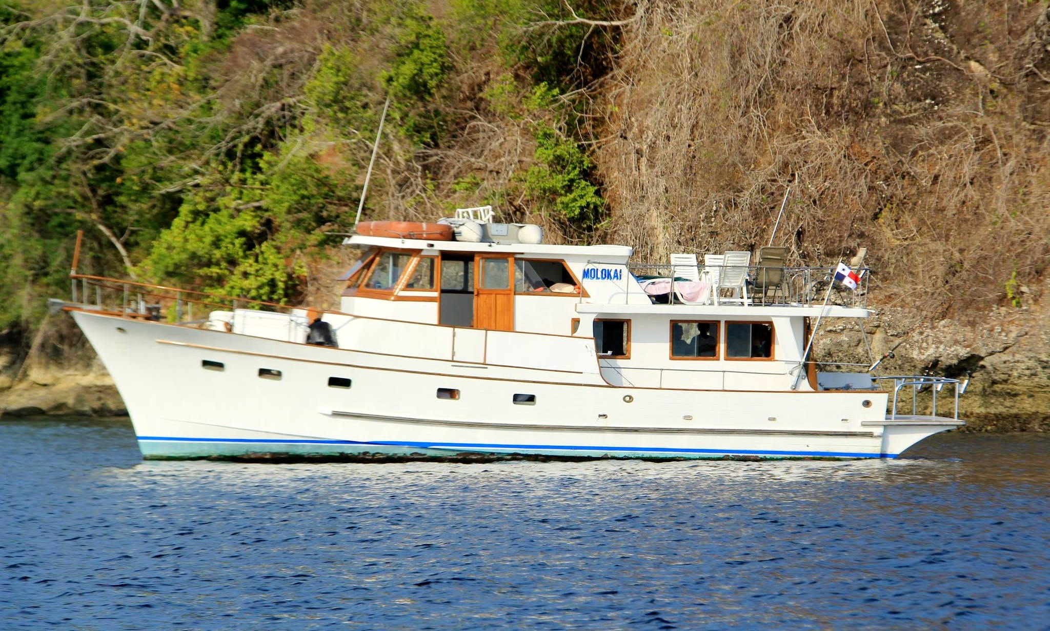 Charter 56' Trawler in Panamá City, Panama