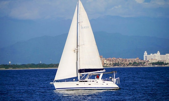 Charter 40' Indian Summer Cruising Monohull In La Cruz De Huanacaxtle, Mexico