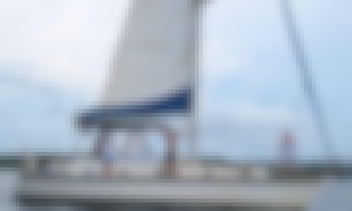 Charter 37' Cruising Monohull in Bocas del Toro, Panama