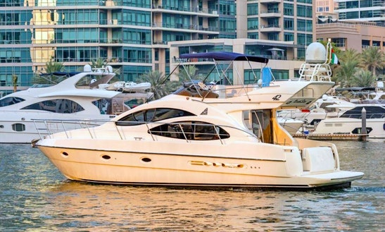 42ft Azimut The Palm Dubai Yacht Charter