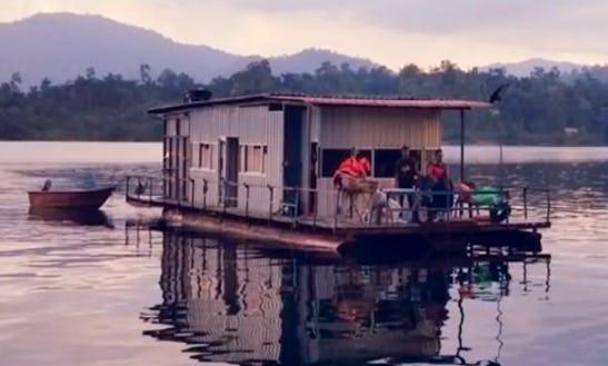 Charter Ratu 5 Houseboat In Kuala Berang, Malaysia