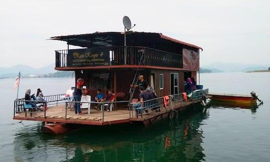 Charter Ratu 4 Houseboat In Kuala Berang, Malaysia