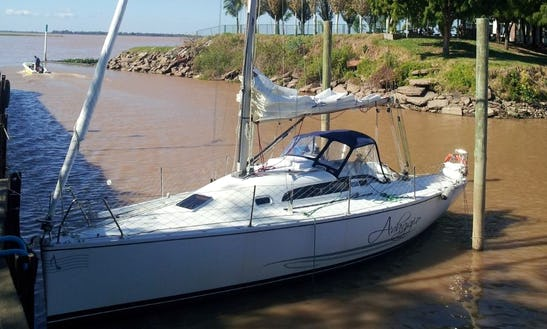 Charter A Spacious Sailboat For 5 People In Rosario, Argentina