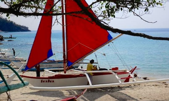 Charter A Traditional Boat In Puerto Galera, Philippines
