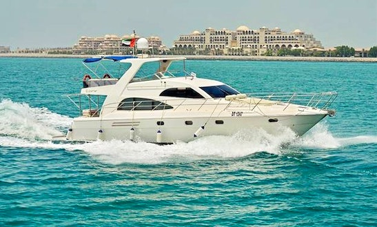 55ft Yacht Dubai Cruise