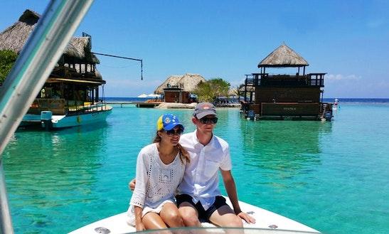 Snorkeling Tour In Roatan Bay Island, Honduras