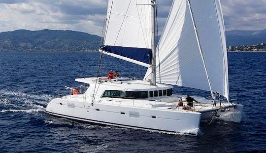 Charter 50' Lagoon Cruising Catamaran In Belize City, Belize