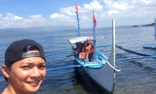 Captain Included On This Traditional Boat Trip In Talisay, Philippines