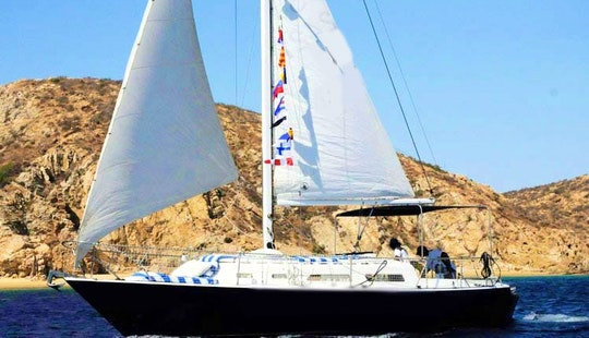 Charter 30ft 'sol-mate' Islander Sailboat In Cabo San Lucas, Mexico