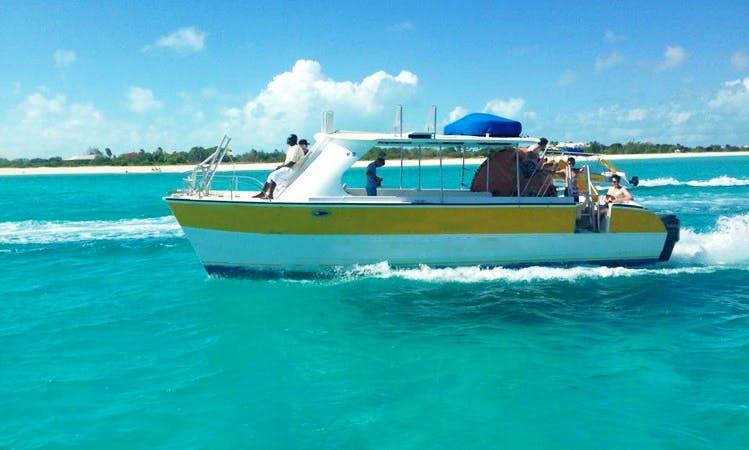 "32ft ""Dream Maker"" Power Catamaran Boat Charter in Caicos Islands, Turks and Caicos Islands"