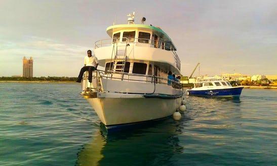 65' Glass Bottom Boat In Nassau, The Bahamas