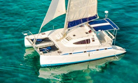 Pachanga 40' Catamaran Charter In Cancún, Mexico