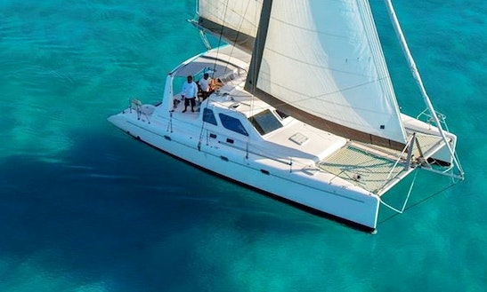 Paradise Explorer 44' Catamaran Charter In Cancún, Mexico