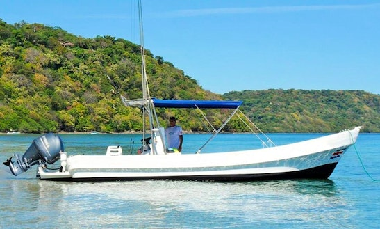 28' Fishing Boat In Playa Hermosa