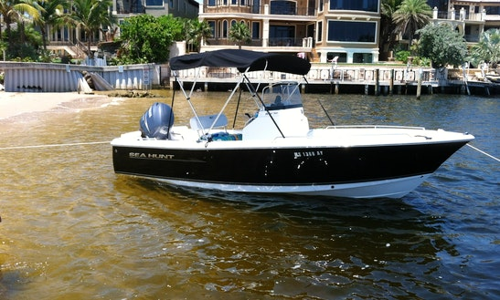 21' Cc W150 Yamaha ... Great Rental @ $350/day Or $240/4 Hours.
