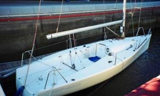 Rent Beneteau 25 Cabin Sailboat In Kinrooi, Belgium