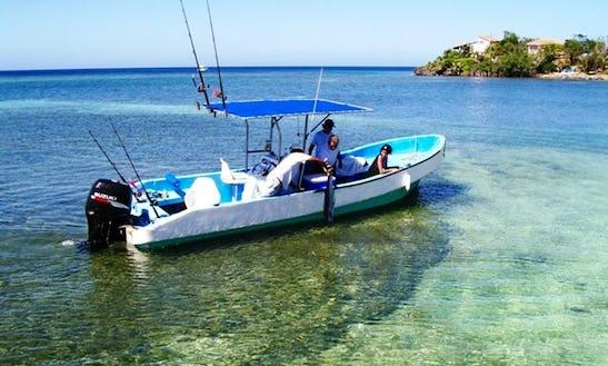 26' Deep Sea Fishing Charter In Honduras