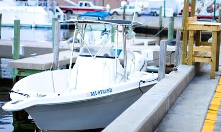 "Enjoy Fishing On 23ft ""Island Time"" Wellcraft Center Console In Biloxi Mississippi"