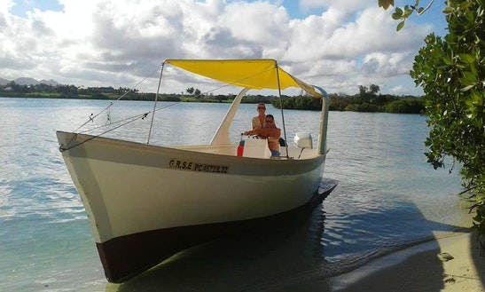 Charter A Center Console In Grand River South East, Mauritius