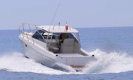 Charter Macaia Motor Yacht In Lavagna, Italy